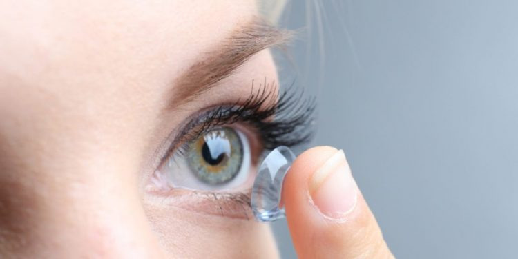 Д-р Владимир Петков в интервю за здравния портал termometar.net относно контактната корекция на зрението